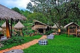 Kampung Koneng Restoran Hits di Sentul